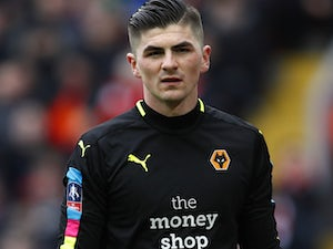 Wolves keeper suffers broken ankle