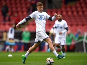 Barnes signs Foxes deal, loaned out to Baggies