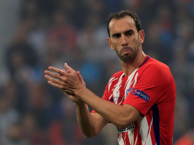 Report: United make Diego Godin enquiry