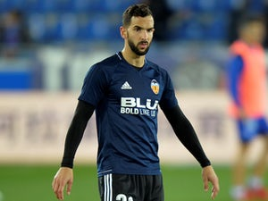 Brighton sign defender Martin Montoya