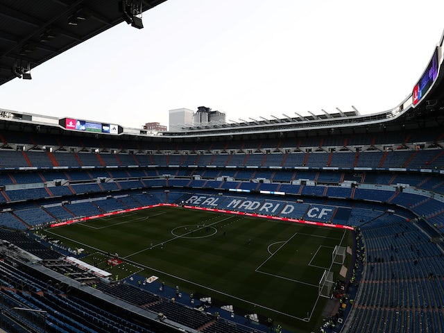Madrid 'given go-ahead for Bernabeu redevelopment'