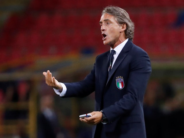 Roberto Mancini happy as Italy win