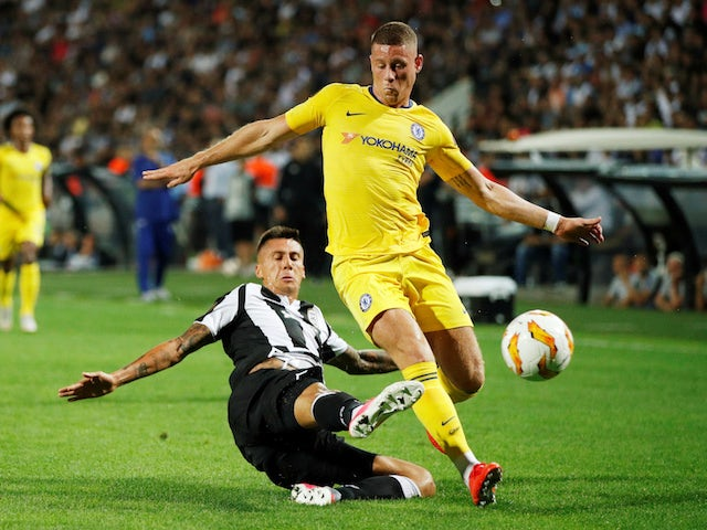 Ross Barkley and Yevhen Khacheridi in action during the Europa League group game between PAOK and Chelsea on September 20, 2018