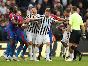 Newcastle hold Palace for second league point