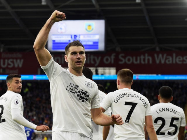 Sam Vokes celebrates after scoring Burnley's winning goal away at Cardiff City on September 30, 2018