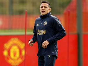 Alexis Sanchez during a Manchester United training session on October 1, 2018