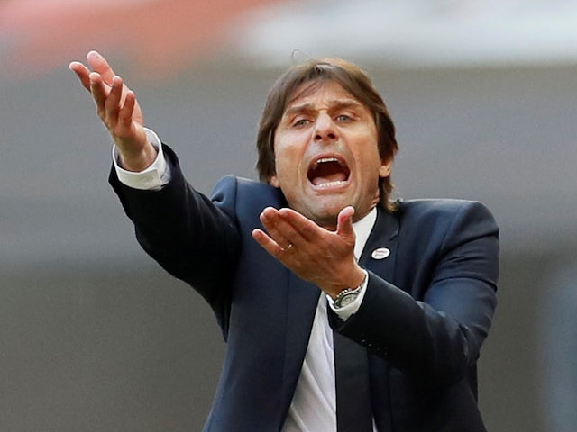 Antonio Conte 'waiting for Manchester United job'