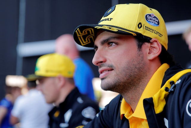 Sainz not expecting big McLaren boost in 2019