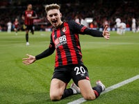 David Brooks celebrates scoring the opener during the Premier League game between Bournemouth and Crystal Palace on October 1, 2018