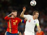 Harry Kane takes on Sergio Ramos during the Nations League game between Spain and England on October 15, 2018