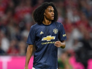 Chong in contract talks with Man Utd