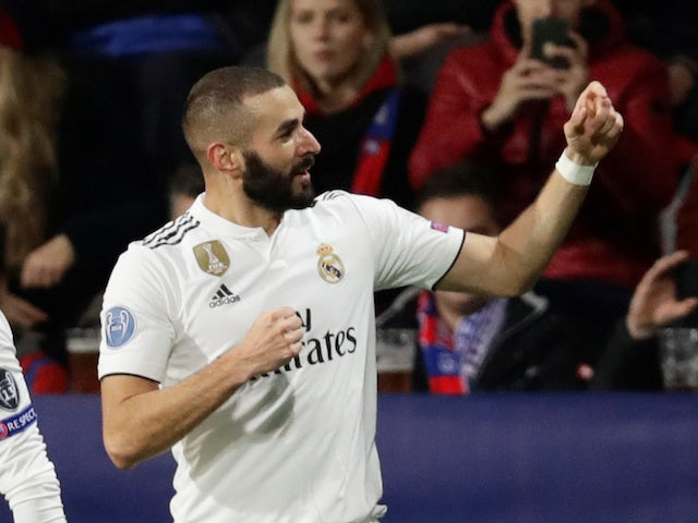Karim Benzema celebrates scoring the opener during the Champions League group game between Viktoria Plzen and Real Madrid on November 7, 2018