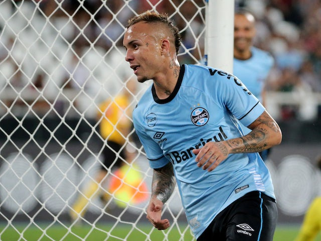 Report: Man United scouting Gremio ace