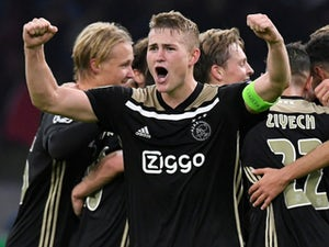 Arsenal 'emerge as shock contenders for De Ligt'