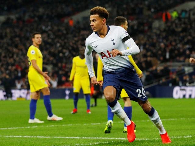 Dele Alli celebrates after giving Tottenham Hotspur the lead against Chelsea on November 24, 2018