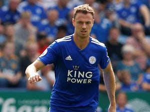 Jonny Evans refuses to rule out Leicester title challenge