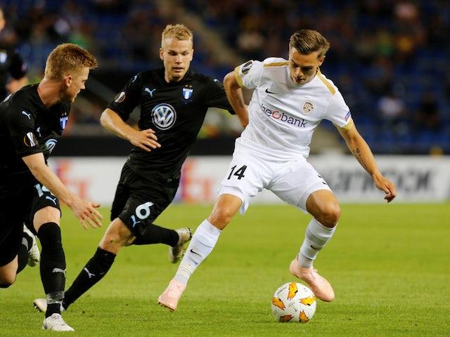 Leandro Trossard completes Brighton move