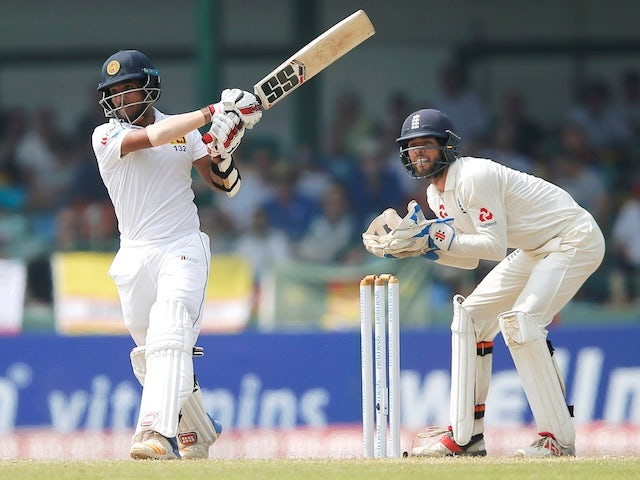 Kusal Mendis half-century holds up England's charge for series whitewash