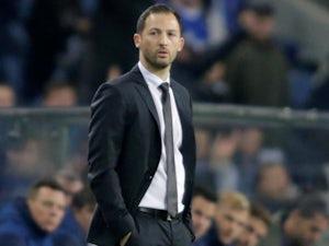 Domenico Tedesco in charge of Schalke on November 28, 2018