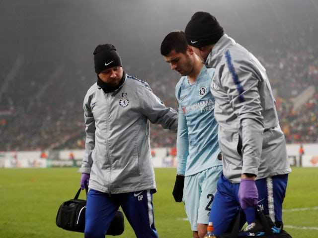 Chelsea's Alvaro Morata limps off injured in the Europa League game against Videoton on December 13, 2018.