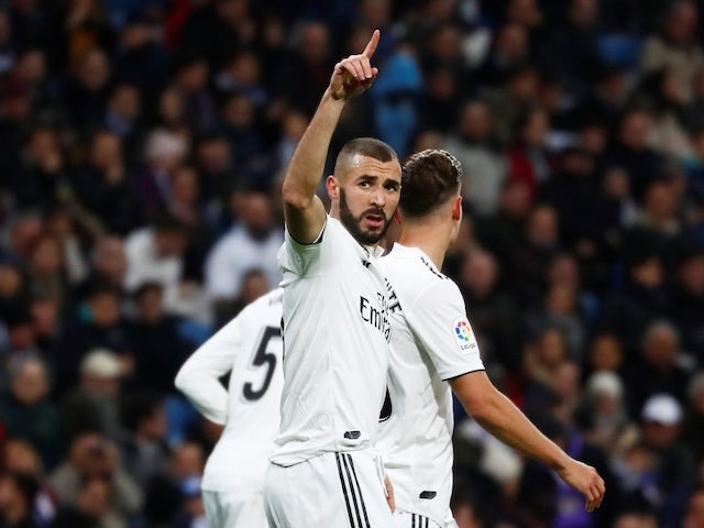 Betting suspended on Benzema to Chelsea