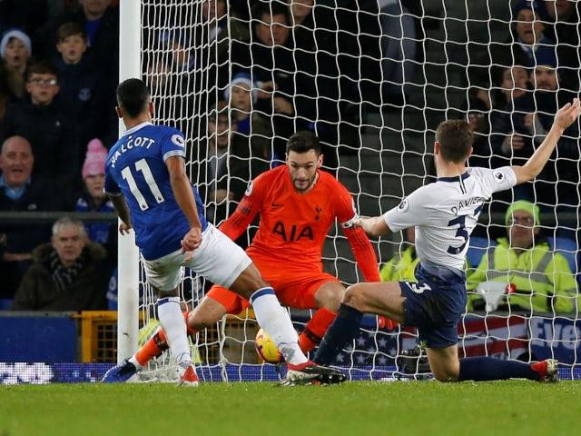 Theo Walcott scores for Everton against Tottenham Hotspur in the Premier League on December 23, 2018.