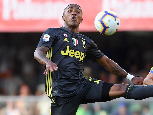 Douglas Costa in action for Juventus on August 18, 2018