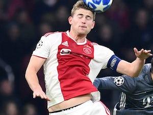 Agent blocking De Ligt's move to Barcelona?