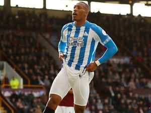 Rajiv van La Parra joins Red Star Belgrade from Huddersfield