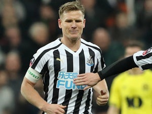Matt Ritchie recovers in time for Newcastle opener against Arsenal