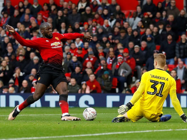 Romelu Lukaku scores the second during the FA Cup third-round game between Manchester United and Reading on January 5, 2019