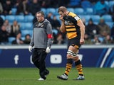 Wasps forward Joe Launchbury goes off injured during his side's clash with Leinster on January 20, 2019