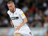 Oli McBurnie in action for Swansea City on August 21, 2018