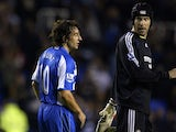 Reading's Stephen Hunt and Chelsea's Petr Cech in August 2007