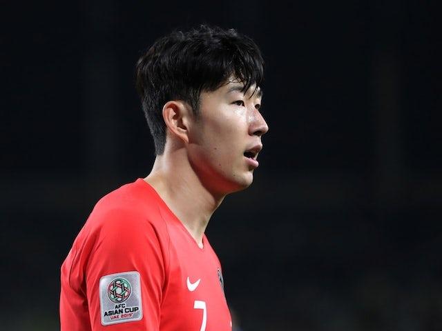 2019년 1월 16일 중국과의 아시안컵 경기에서 한국의 스트라이커 손흥민이 경기를 하고 있다.