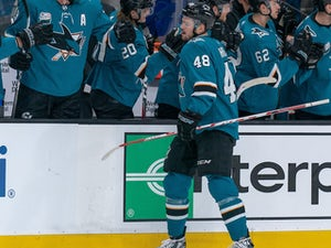 Tomas Hertl hat-trick helps the San Jose Sharks to victory