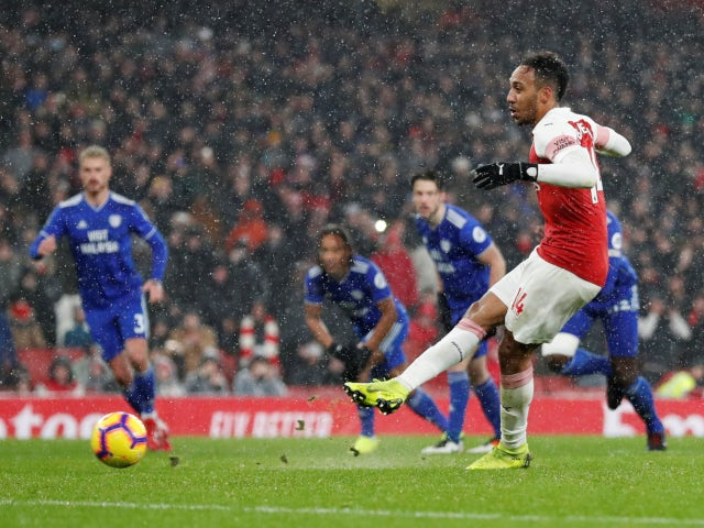 Arsenal striker Pierre-Emerick Aubameyang converts from the penalty spot against Cardiff City on January 29, 2019