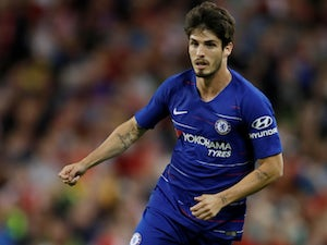 Lucas Piazon rules out Chelsea return