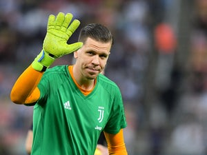 Wojciech Szczesny maintains Juve's unbeaten start against Fiorentina