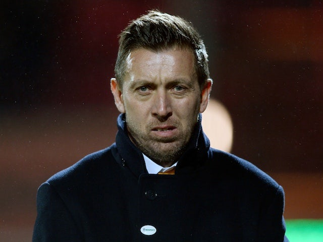 Barnet midfielder Elito claims he was headbutted - boss Currie