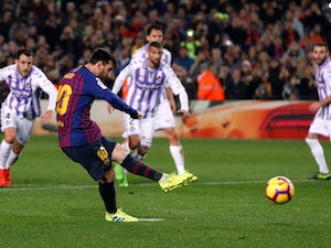 Messi pen gets Barca back on track