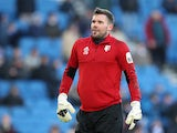 Ben Foster warms up for Watford on February 2, 2019