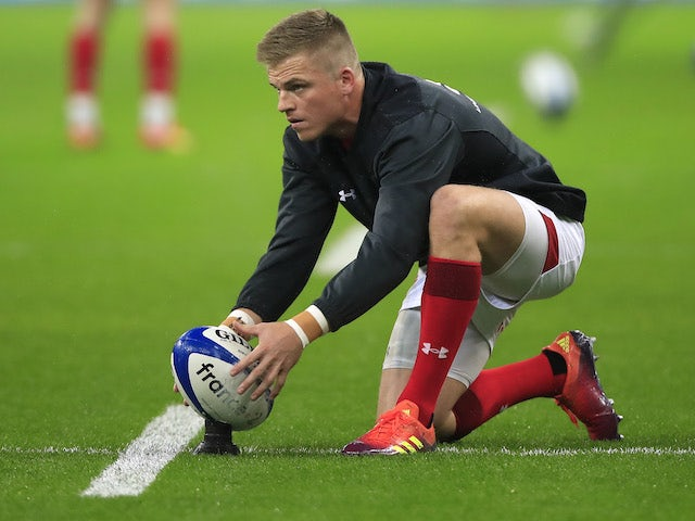 Wales fly-half Anscombe out of World Cup with knee injury