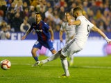 Real Madrid forward Karim Benzema scores from the penalty spot against Levante on February 24, 2019