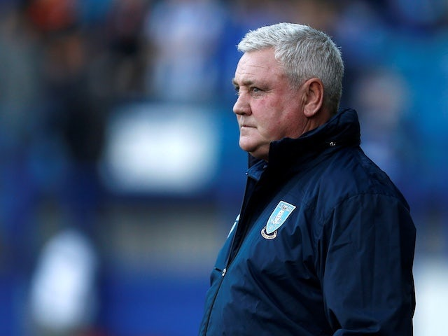 Newcastle still in talks with Steve Bruce as squad flies to China