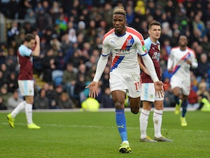 Palace boss Hodgson salutes in-form Zaha