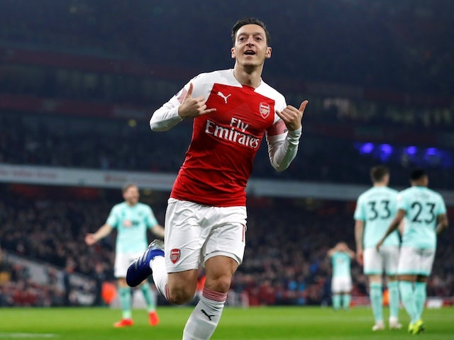 Result: Ozil and Mkhitaryan star as Arsenal hammer Bournemouth