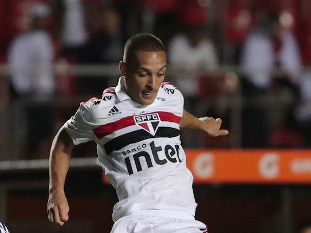 Arsenal to move for Brazilian teen Antony?