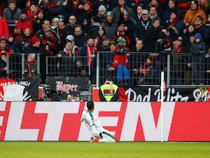 Monchengladbach held at home by Freiburg
