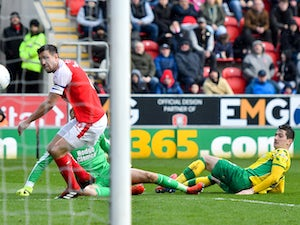Leaders Norwich stretch winning run to six matches with victory over Rotherham